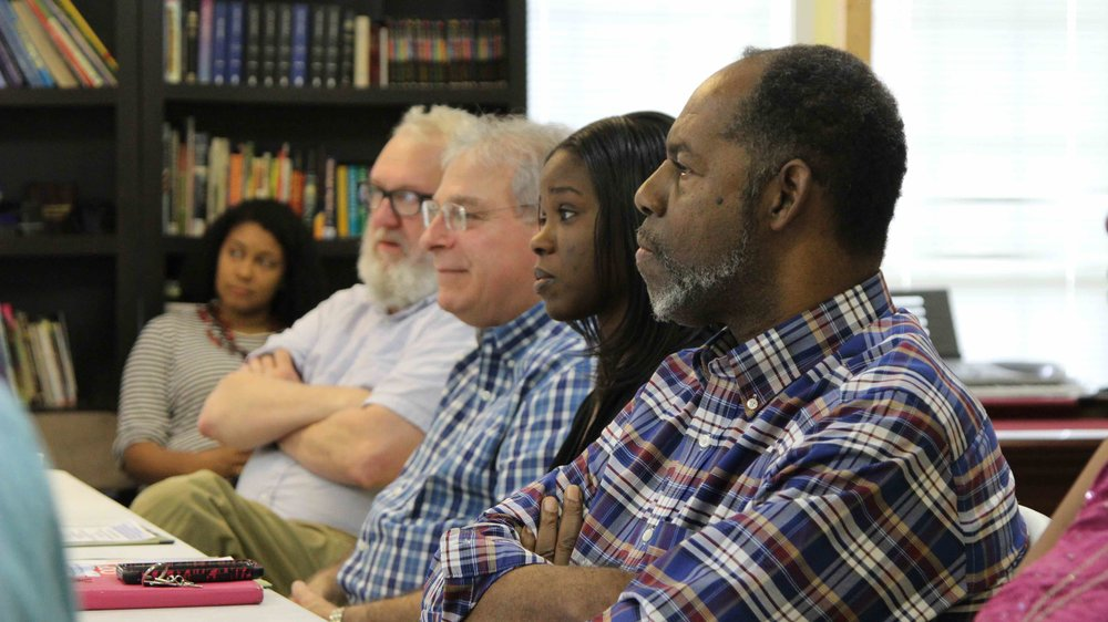 Allendale residents and community activists at a meeting discuss the I-49 project. (Photo courtesy of Re-Form Shreveport.)