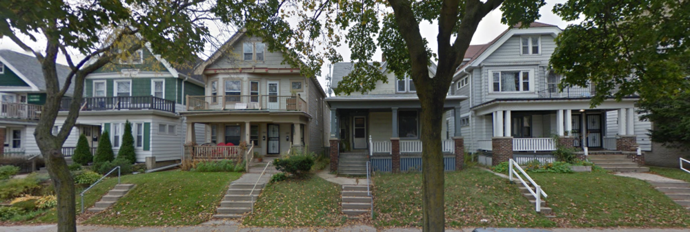 A mix of single-family homes and duplexes on a Milwaukee street. Can you spot which is which? (Image from  Google Earth )