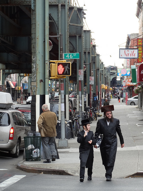 Hasidic Jews in Borough Park, Brooklyn (Photo by Adam Jones)