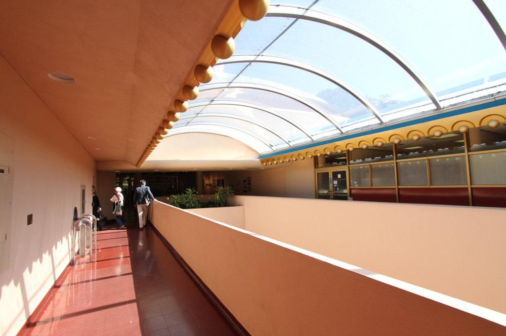 12upper hallway.jpg