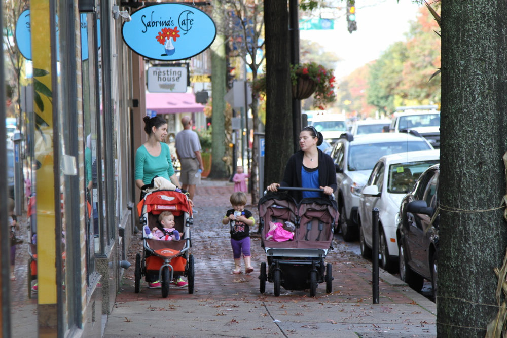 Neighborhoods First - How small neighborhood investments can transform your city