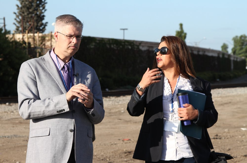 Chuck Marohn with Councilwoman Michele Martinez, who helped organize the event.