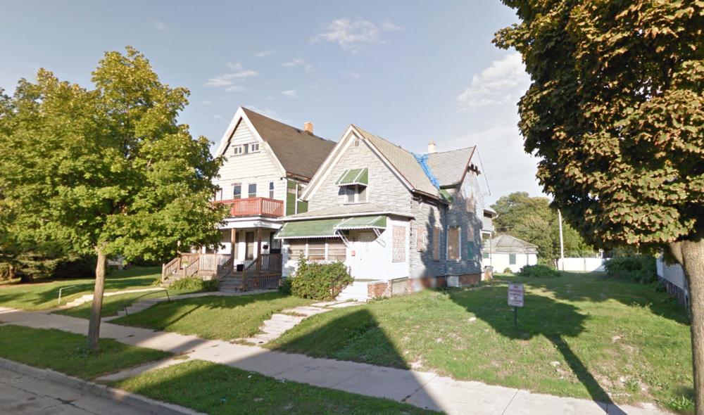 Same block, 2015. (Source: Google Maps)