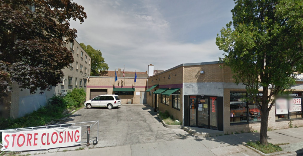 A jewelry store heads for closure in 2011 (Source: Google maps)