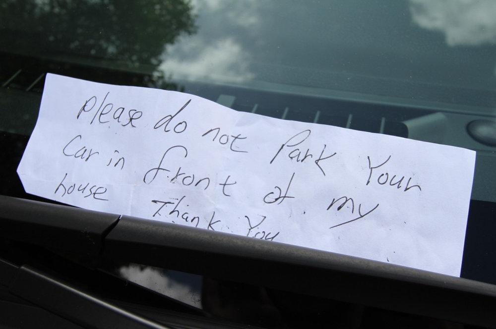 13dontparkyourcar-sign.jpg