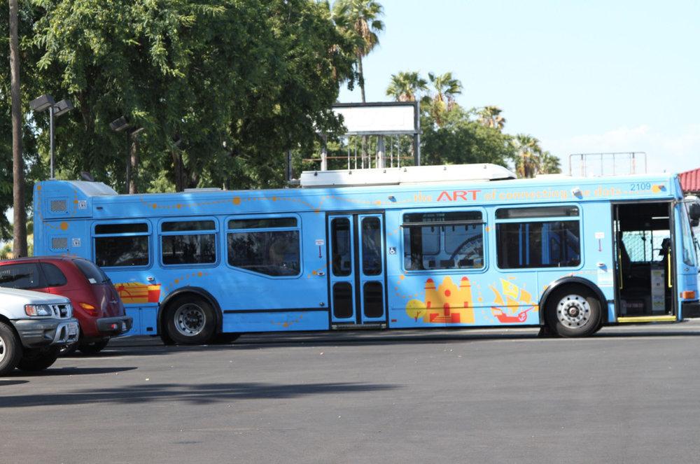 35artbus.jpg