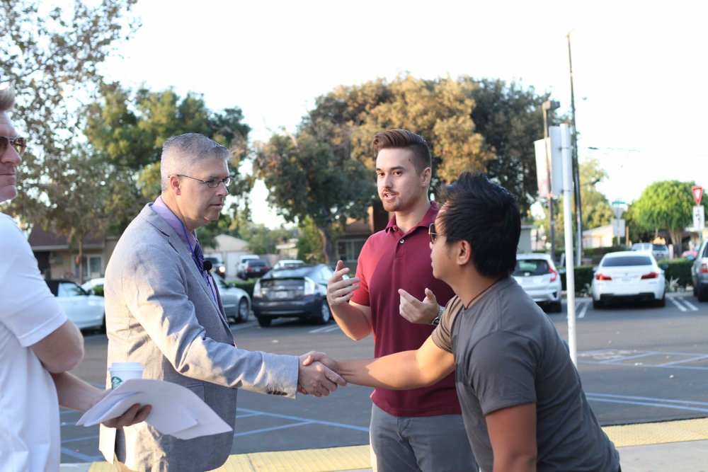 Chuck Marohn meets with residents in Santa Ana, California for an event earlier this fall (Source: AHOC)