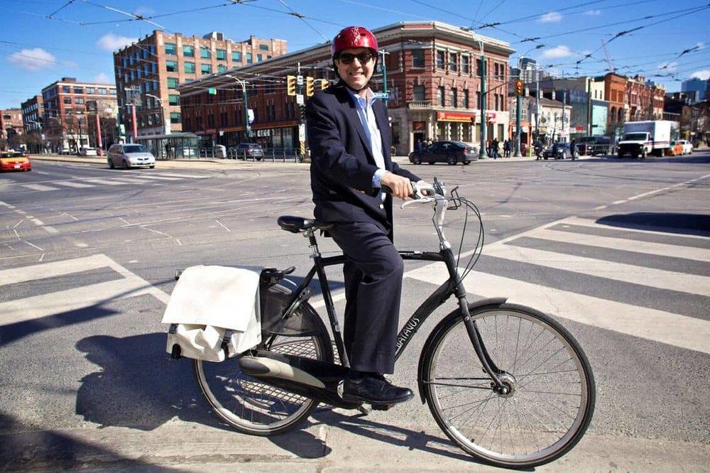 Gil Penalosa on his bike (Source: 8-80 Cities)