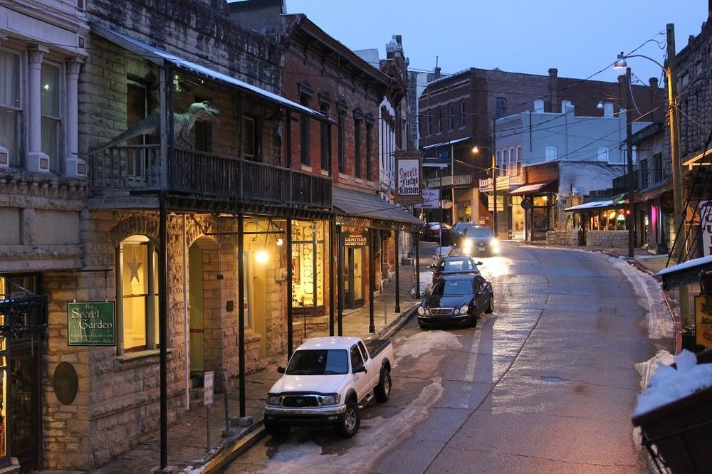 Downtown Eureka Springs, Arkansas. (Source: Andrew Price)