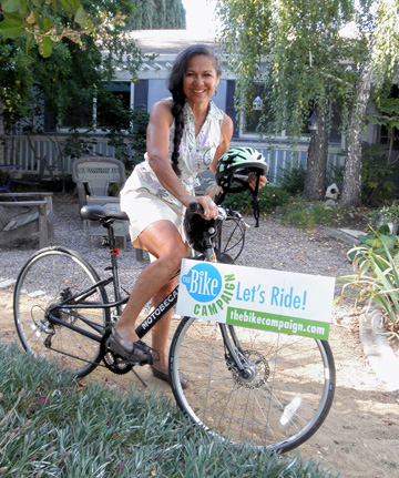 Maria Contreras Tebbutt teaches bike safety in Woodland, California (Credit:  Kate Hoff)