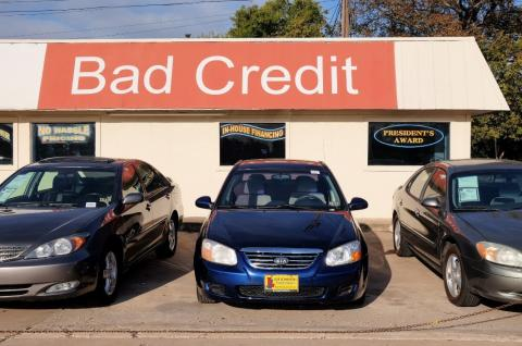 A used car dealership in Austin, TX. (Source: Lars Plougmann)