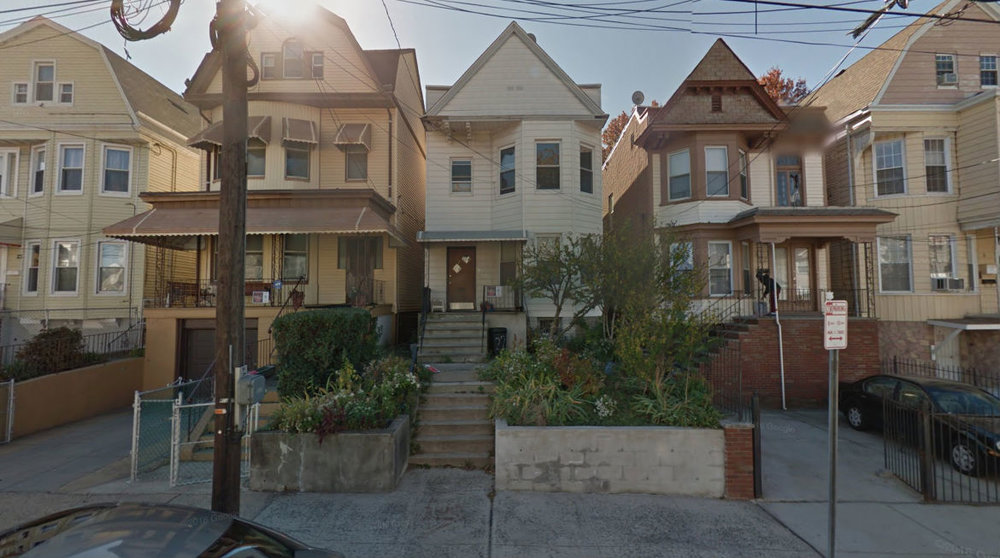 Streetcar era houses with a few feet between each in Jersey City, NJ. (Source: Google Maps)