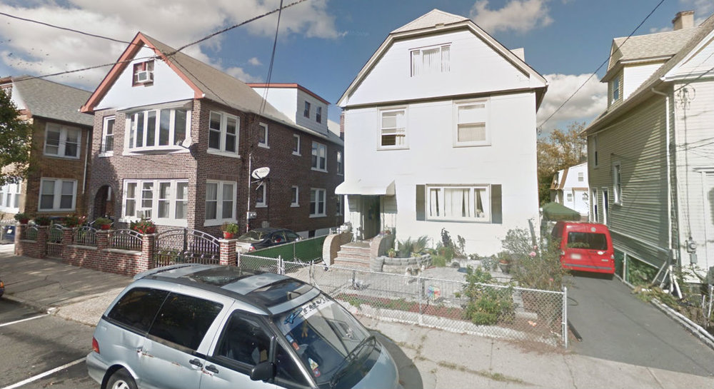 Houses with enough space on one side to fit a car in North Bergen, NJ. (Source:  Google Maps )