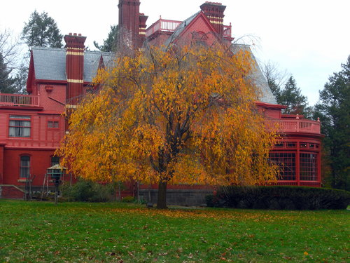 Glenmont, Thomas Edison's house in Llewelyn Park, NJ. (Source: Wikipedia)