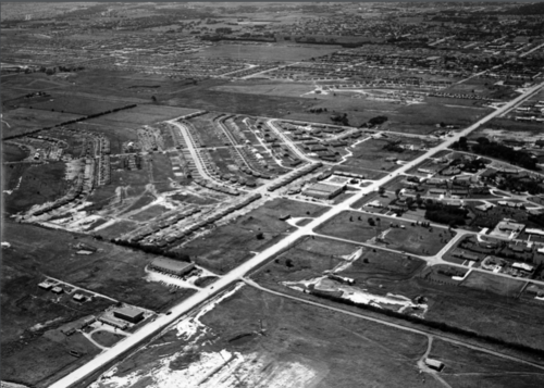 East Kellogg, circa 1952. As suburban development patterns took hold, the nature and purpose of streets fundamentally changed