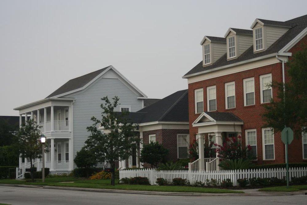Homes in Celebration, FL (Source: Cavalier92 )