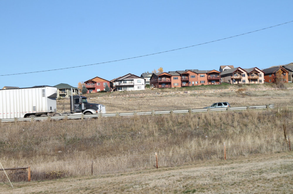 9rural-highway-homes.jpg