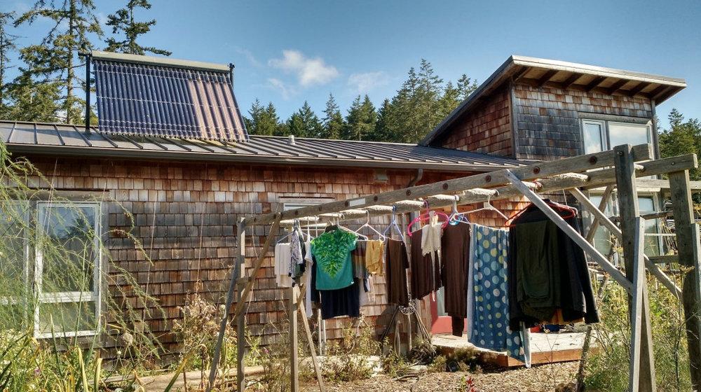 25laundry-solar.jpg