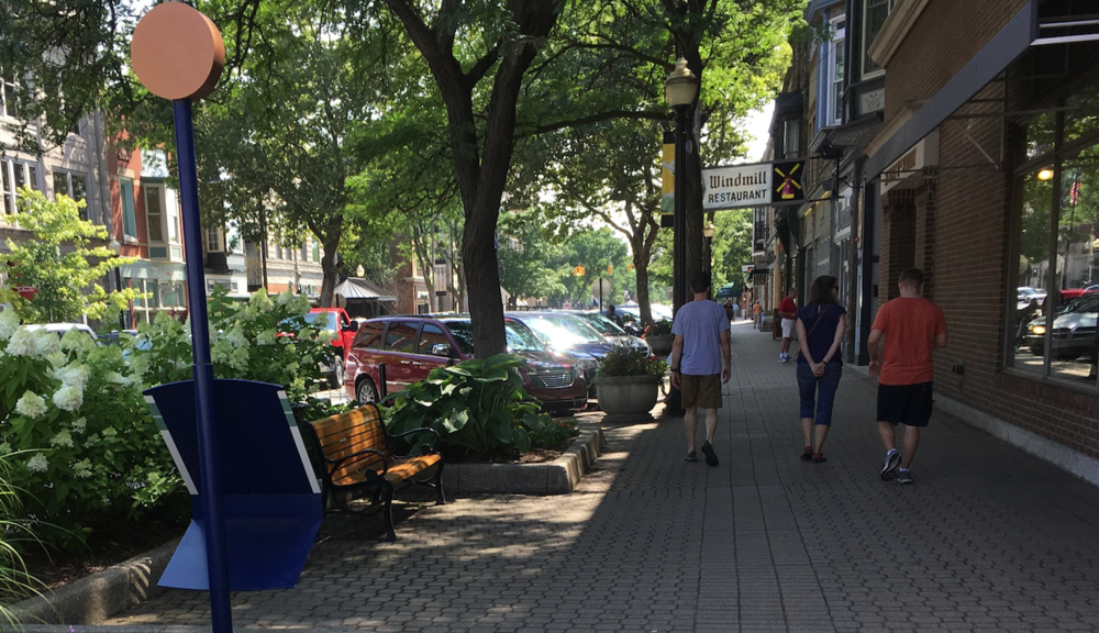 Downtown Holland, MI is full of shops, restaurants, and pleasant places to spend time. As a result, it's also full of people. Holland has even ensured that people can safely and easily walk around its downtown 365 days a year by installing snowmelt sidewalks throughout the area.