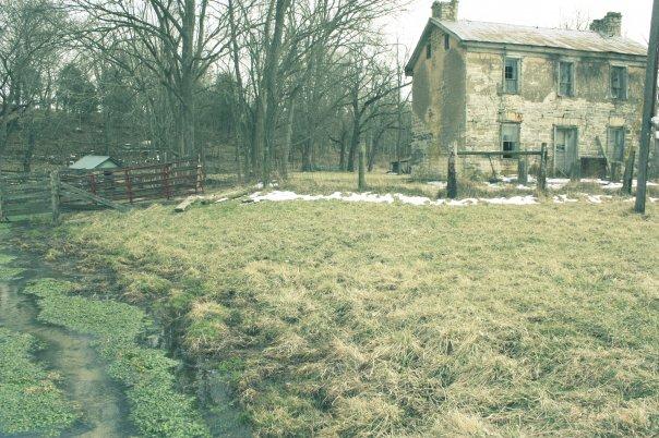 Abandoned farm house (Photo by Rachel Kertz)