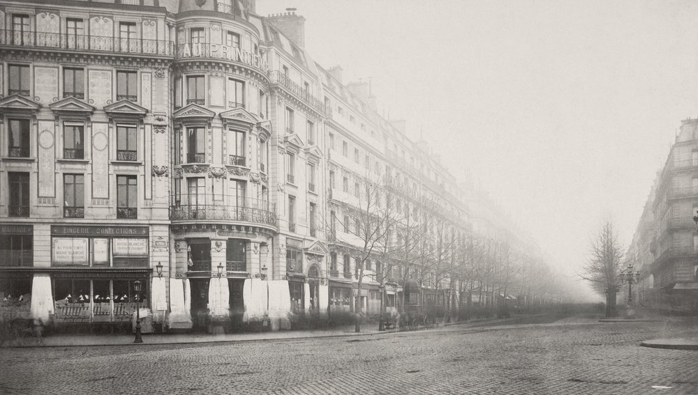 Angle formed by the  rue du Havre  with Haussmann Boulevard in 1870, photographed by Charles Marville. (Source: Wikimedia Commons)