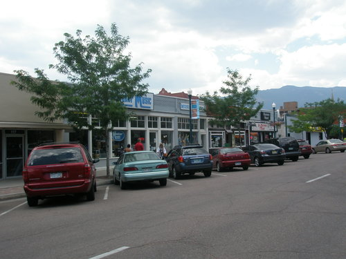 One-story urban retail streets