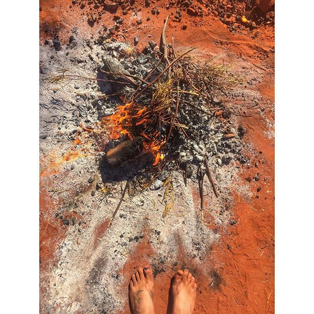 My feet have never been dirtier - thanks, outback 👣🔥