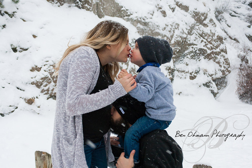 Denham Maternity Shoot-20170108_035.jpg