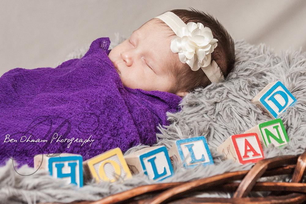 Denham Newborn-20170211_079.jpg