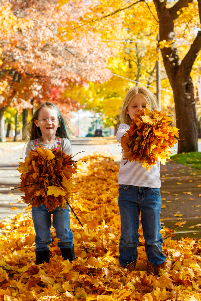 Kids in Leaves -20171027_011.jpg