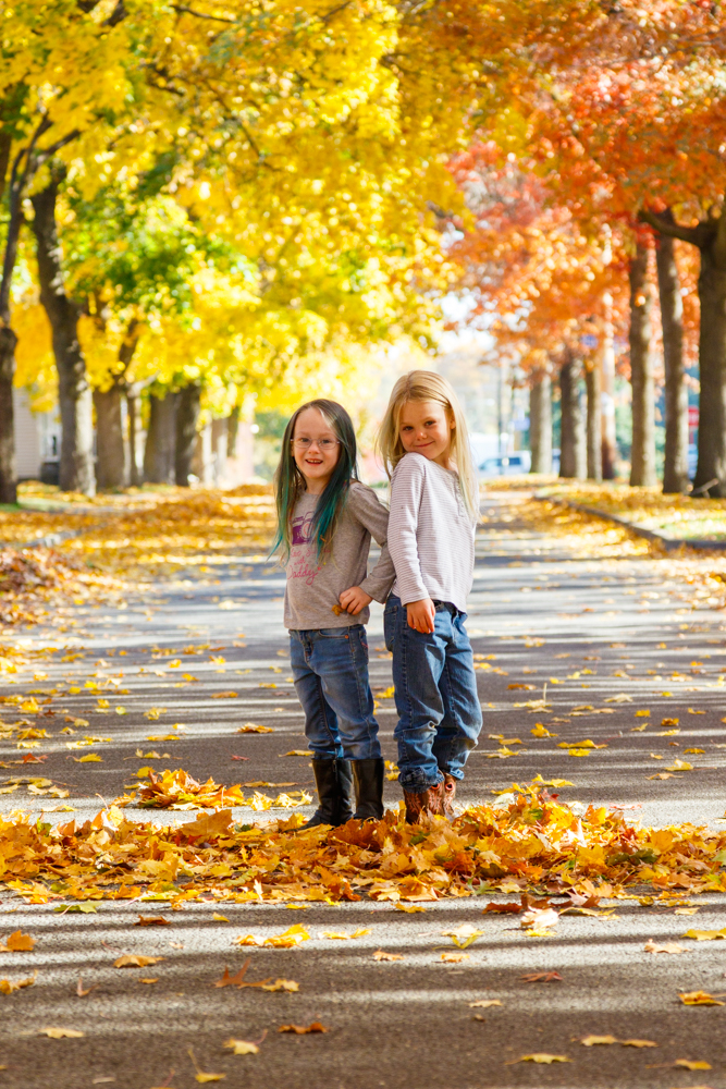 Kids in Leaves -20171027_026.jpg