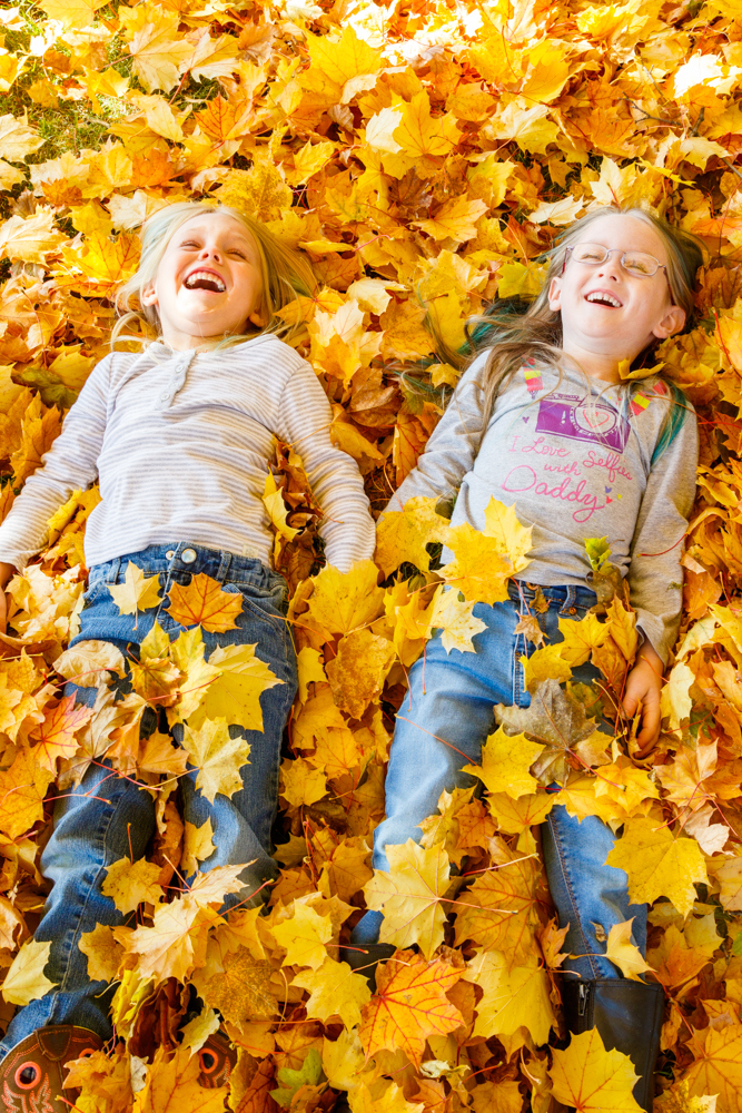 Kids in Leaves -20171027_071.jpg