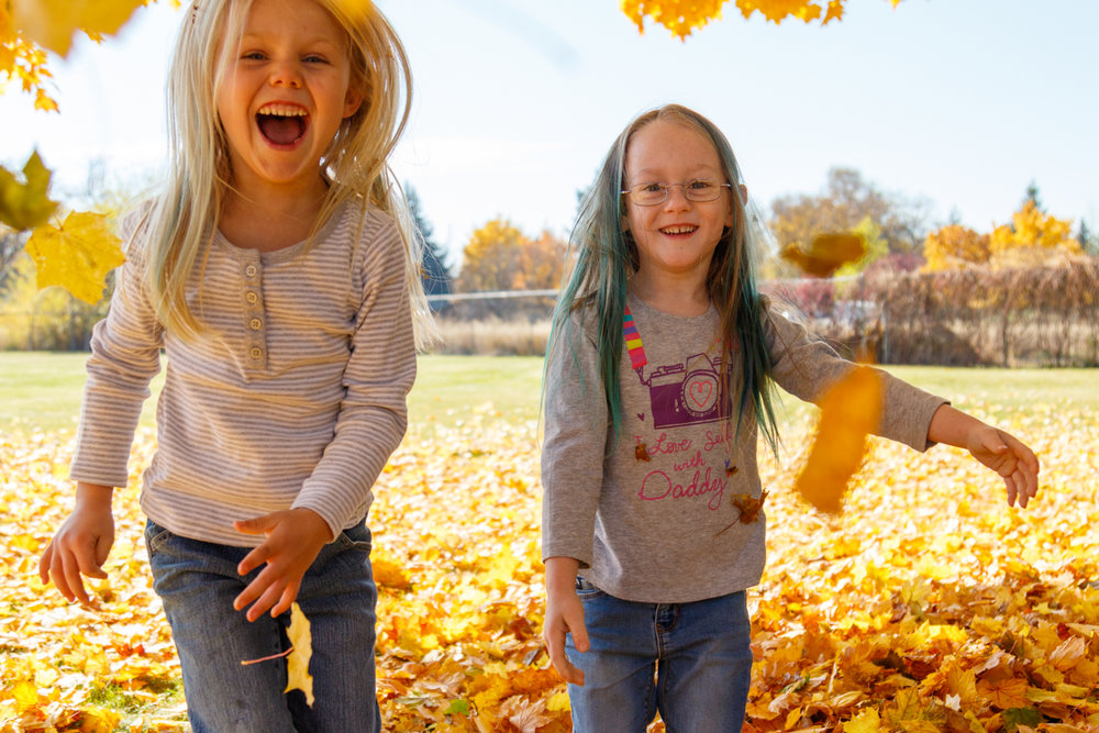 Kids in Leaves -20171027_091.jpg