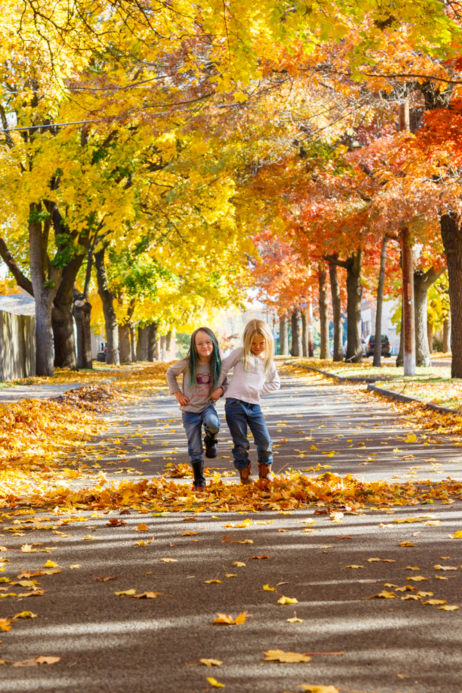 Kids in Leaves -20171027_024.jpg