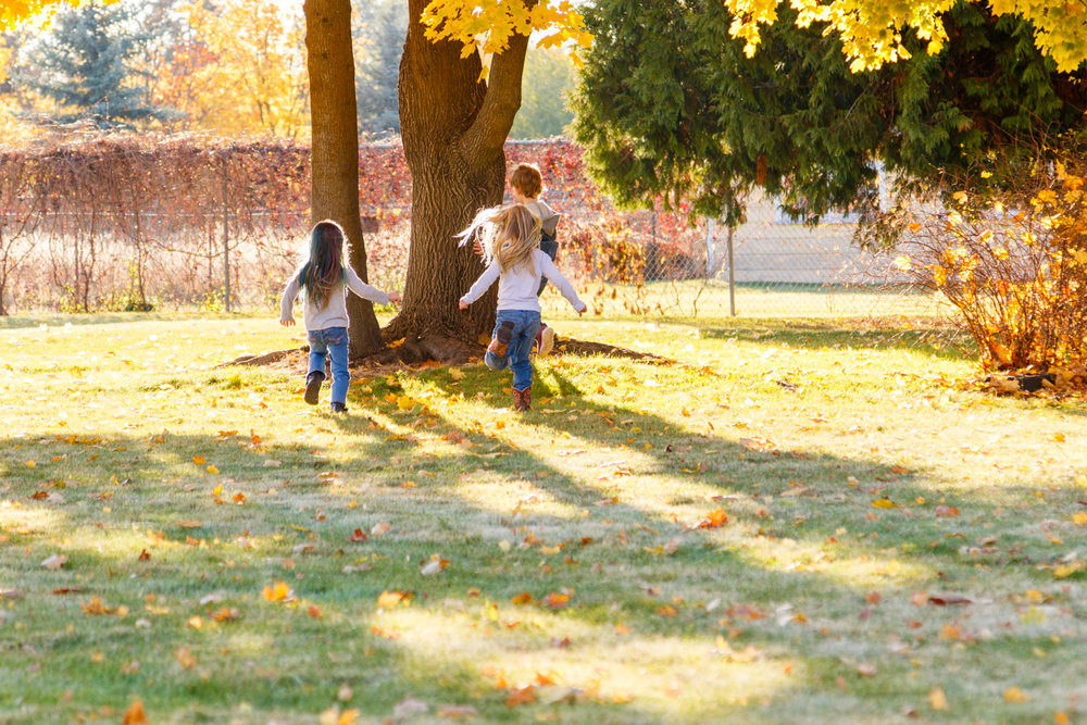 Kids in Leaves -20171027_126.jpg