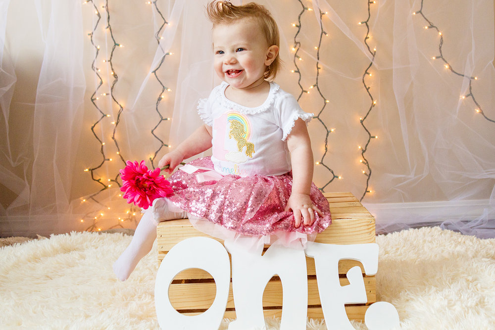 Amelia One Year Session-20171230_009.jpg