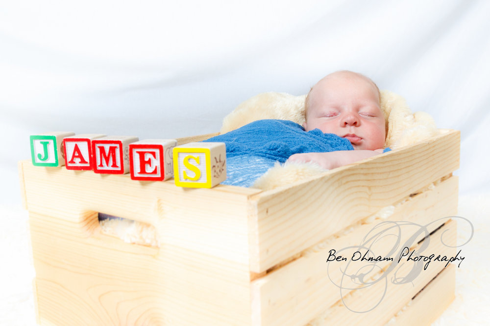 James Newborn Session-20180626_023.jpg