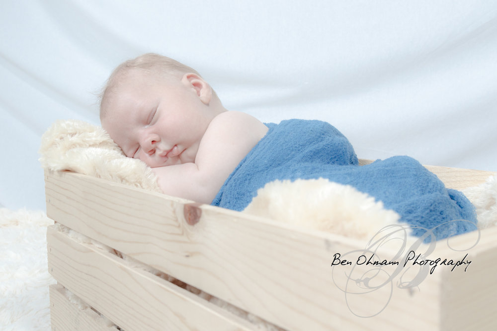James Newborn Session-20180626_027.jpg
