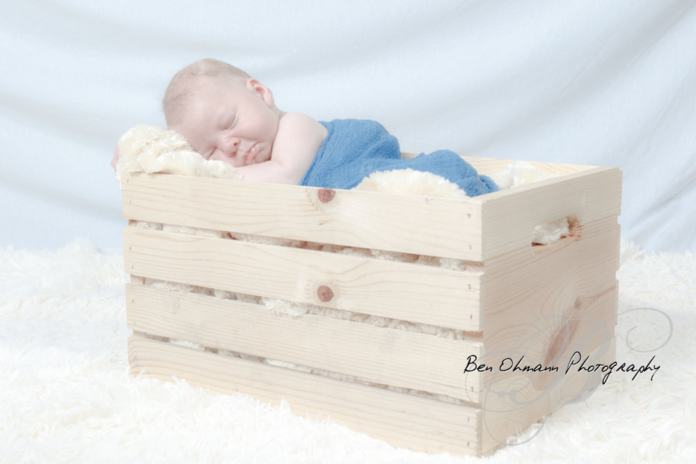 James Newborn Session-20180626_029.jpg