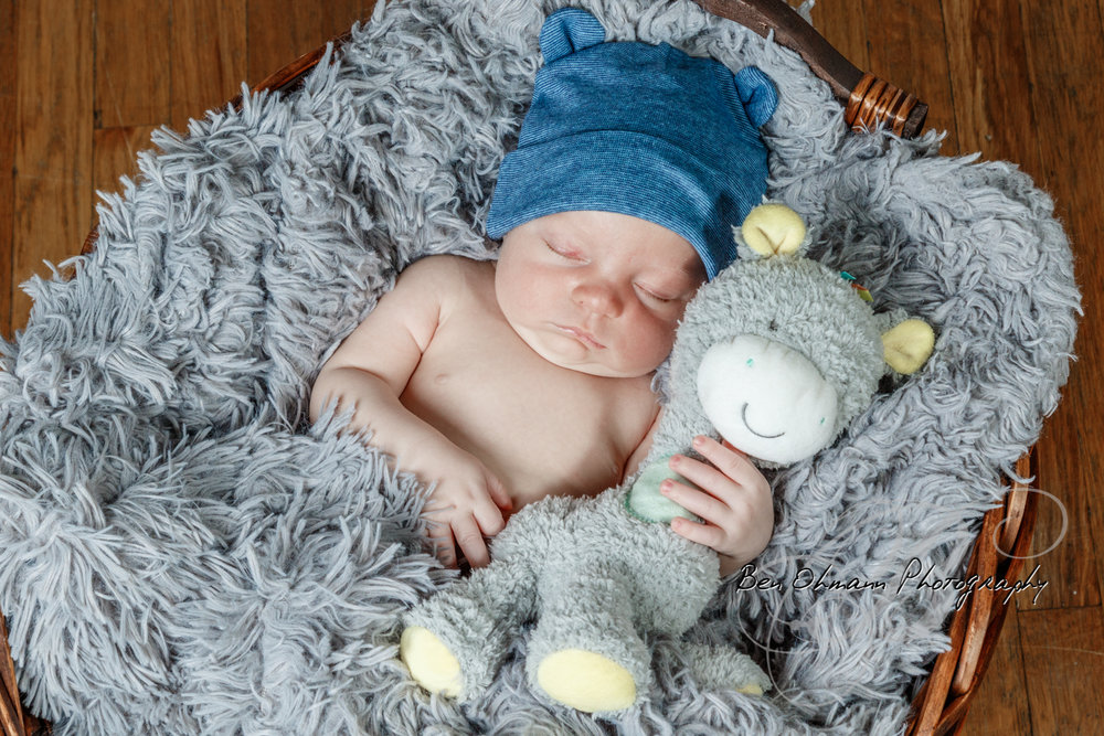 James Newborn Session-20180626_056.jpg