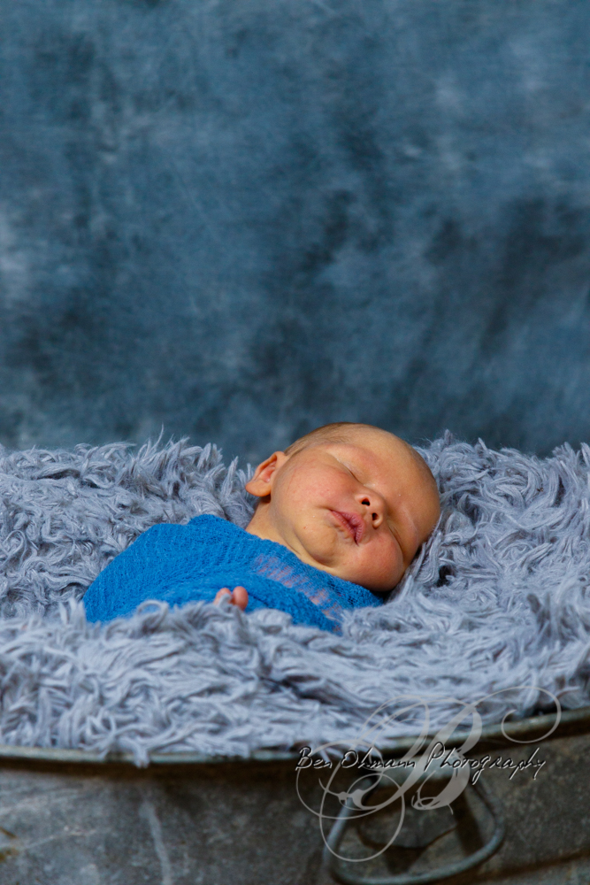 Waylon Newborn Session-20180819_046.jpg