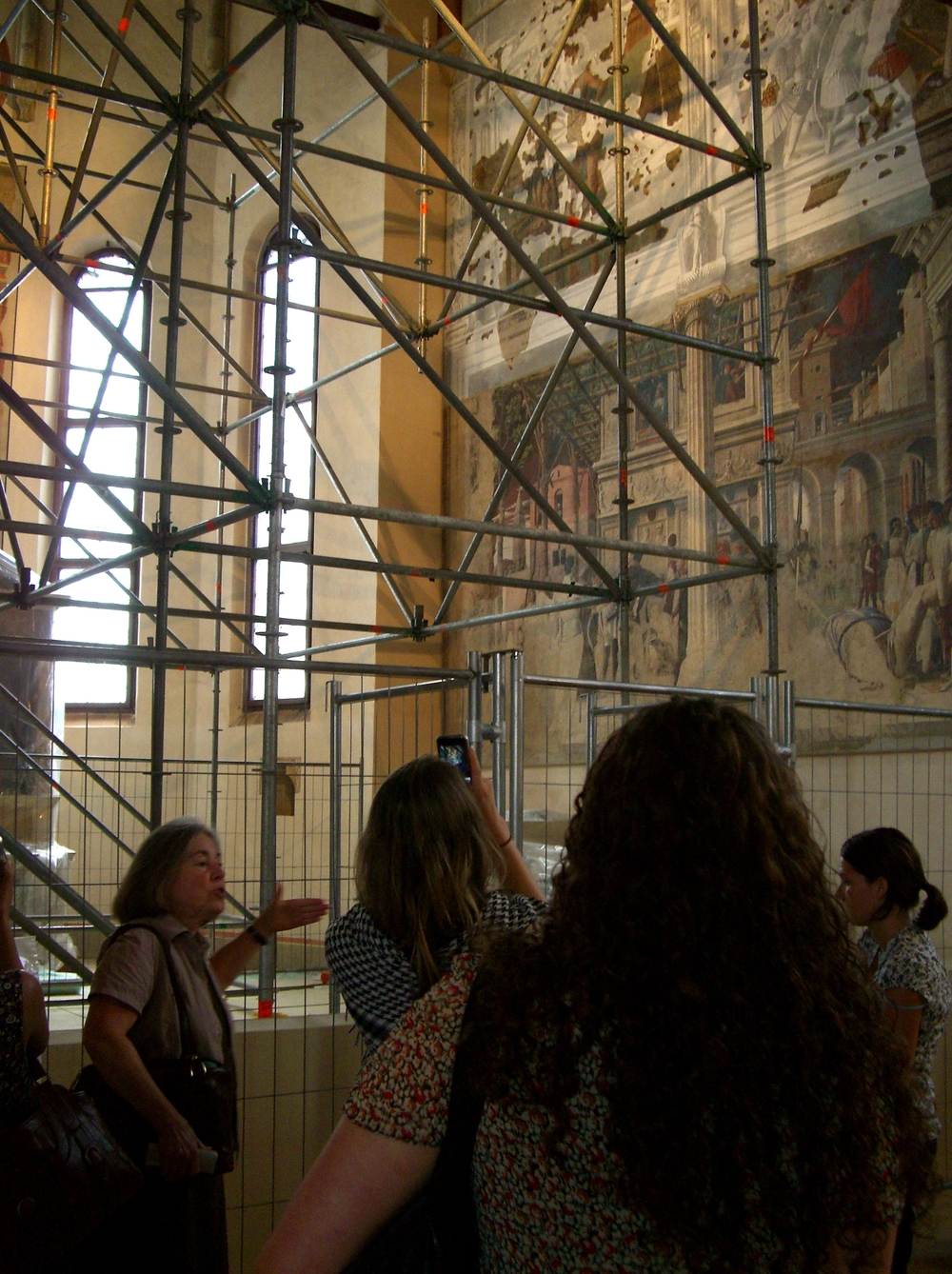 Diana Gisolfi lecturing to the group on Andrea Mantegna frescoes at the Church of the Eremitani, Padua.