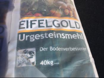 Eifelgold stone meal
