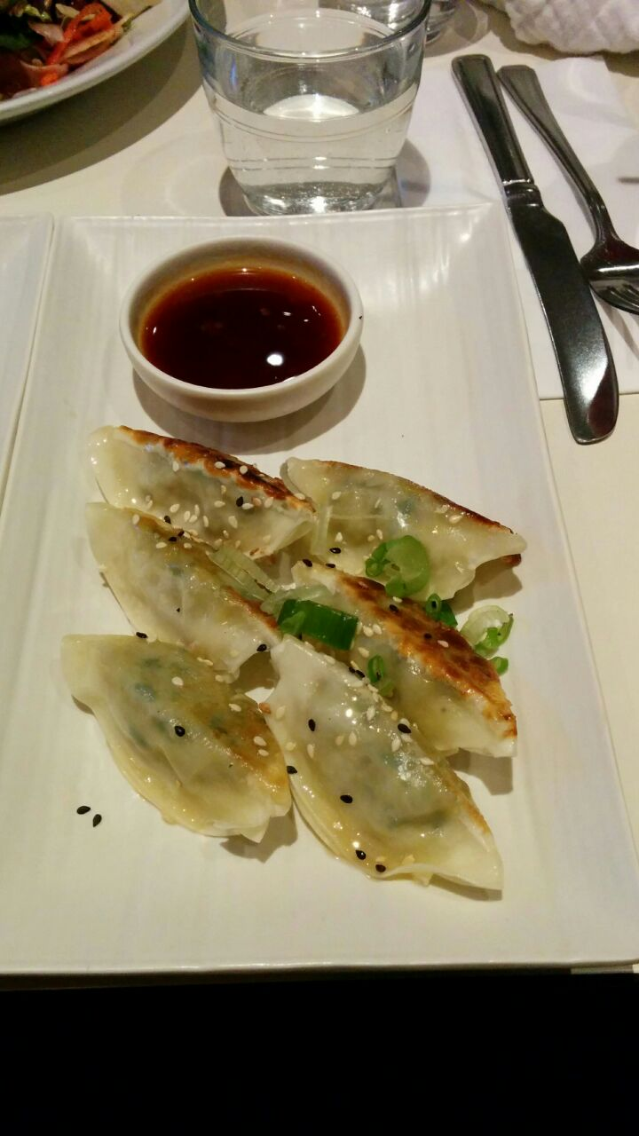 Gyoza dumplings with soya sweet chilli dipping sauce