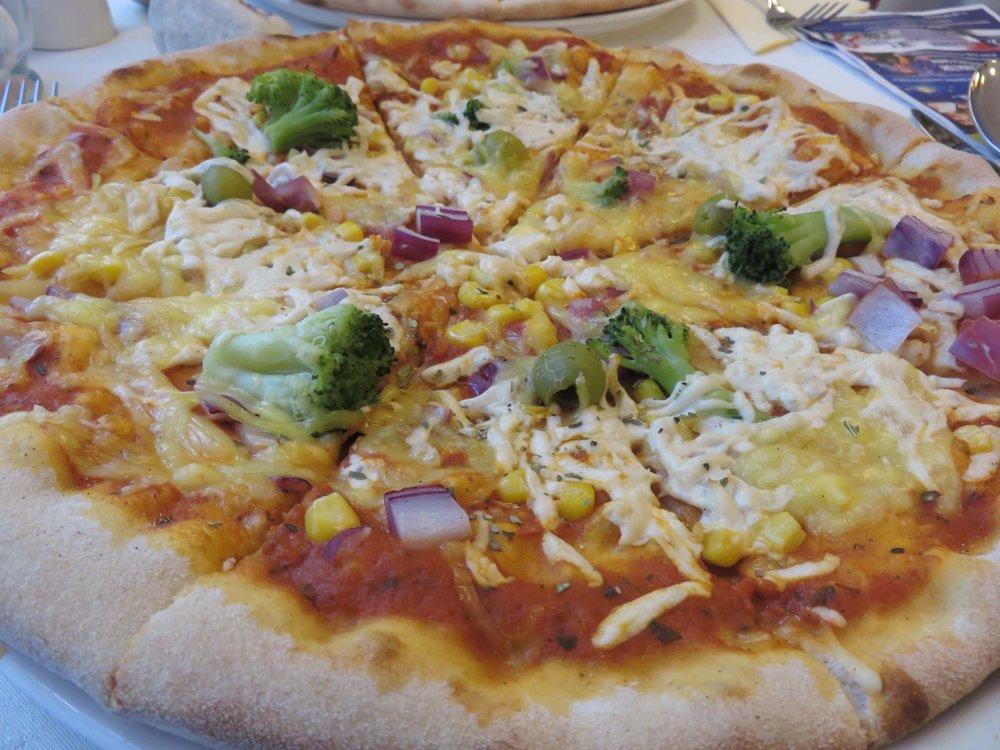 11. Napfenyes Pizza.JPG