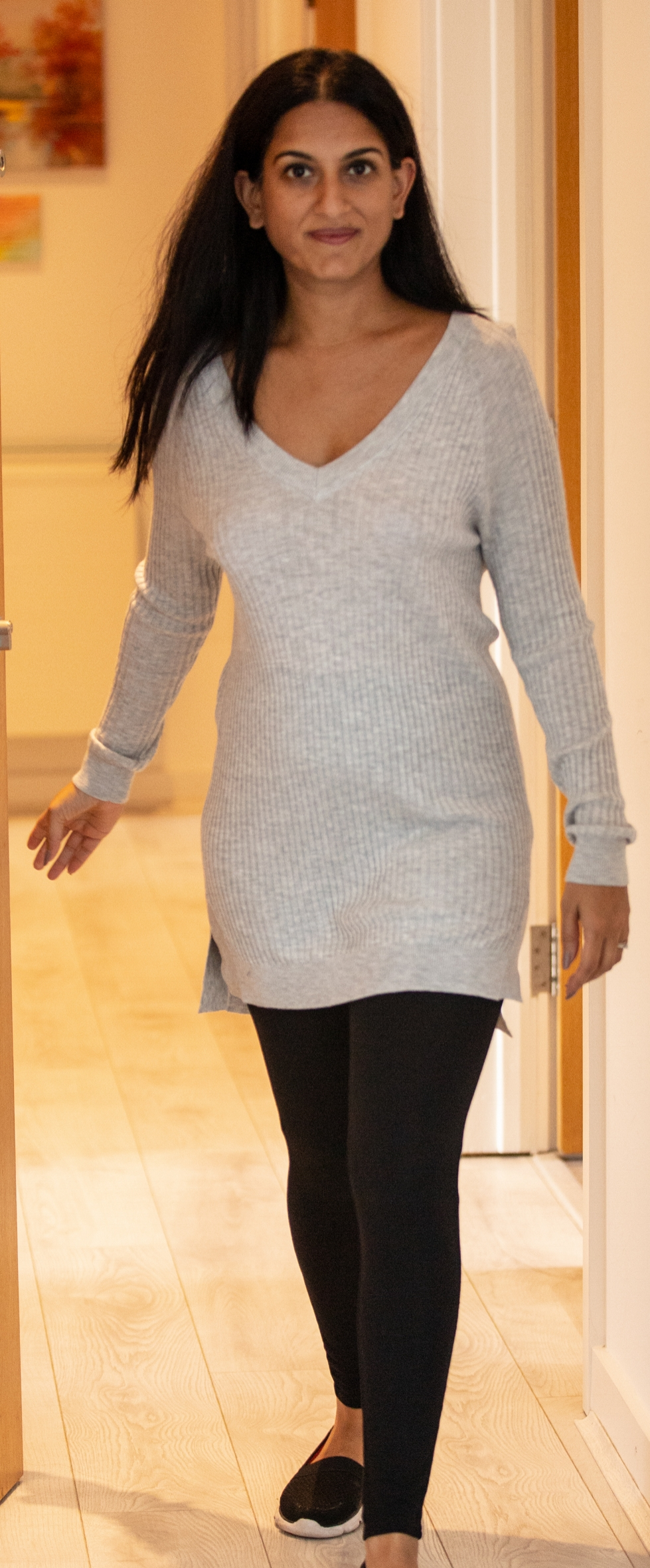 Long & snug - This top is from La Redoute. I love how snug I feel in it. This is mostly due to the the length of the top and sleeves. It's light, flowy and I feel free in it.