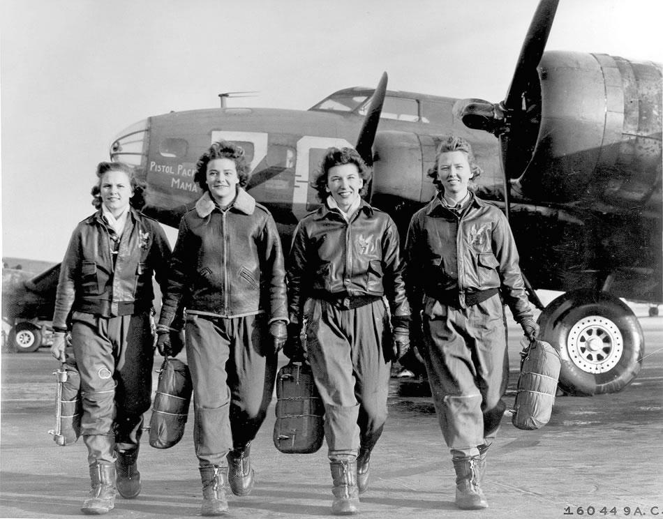 women_b17_pilots.jpg