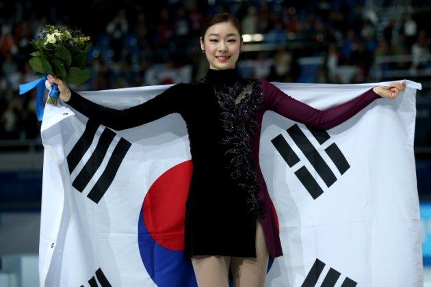 figure-skating-winter-olympics-day-20140220-193233-976.jpg