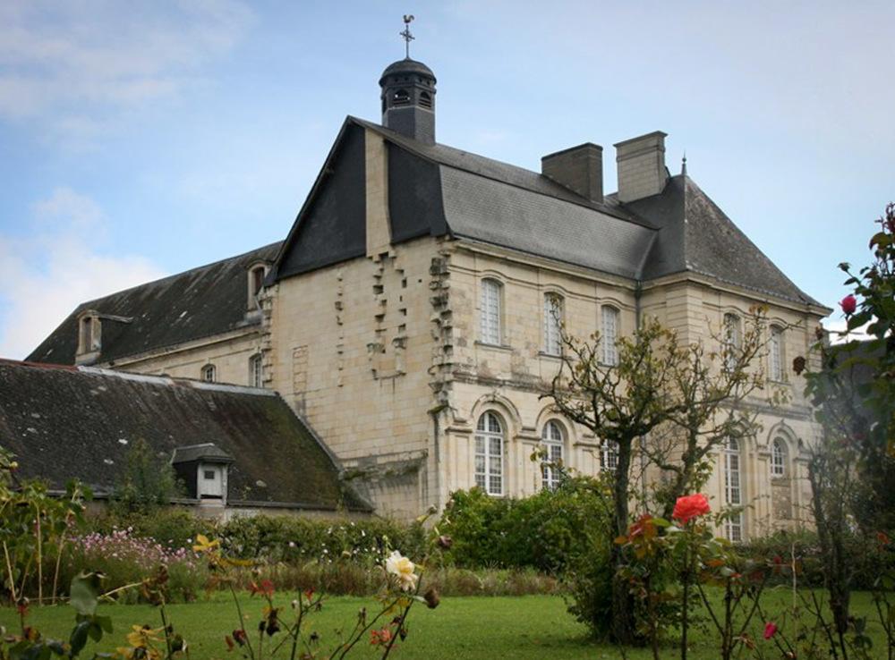 Abbaye Saint-Pierre de Bourgueil