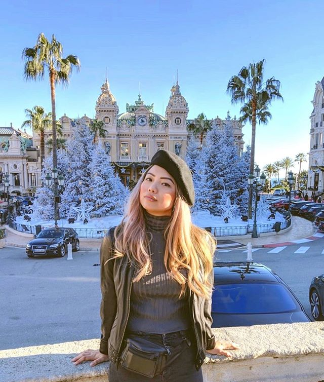 caught in a sun beam in front of the Monte Carlo in Monaco 🇲🇨 i was thoroughly charmed by my visit to the second smallest country in the world 🌞 where else can you experience the juxtaposition of glamorous casinos,(fake) snow, and ocean views at the same time? 📸: @rex.vh